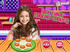 Soy Luna Cooking Cookies