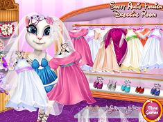 Sweet Angela Fashion Dressing Room